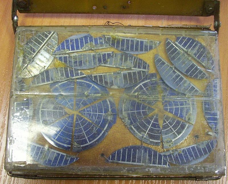 старая солнечная батарея